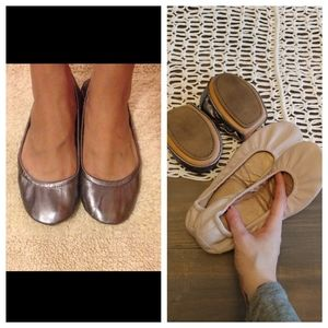 2 pairs Gap foldup ballet flats in pewter and nude